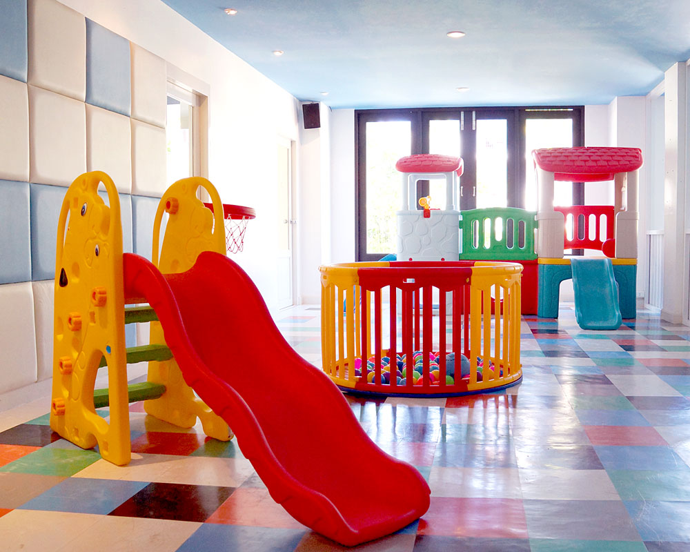 Kid's Room & Playground